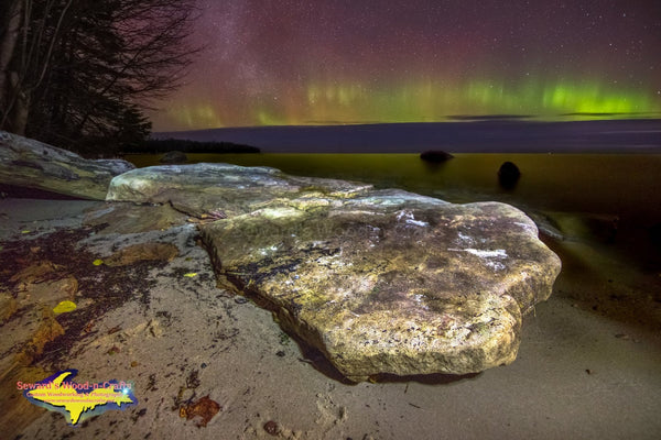 Michigan Landscape Photography Northern Lights Over Lake Superior Shores