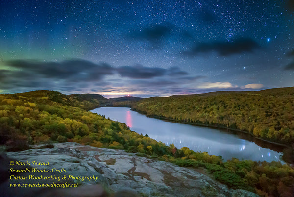 Michigan Photography ~ Northern Lights Lake Of The Clouds -2212