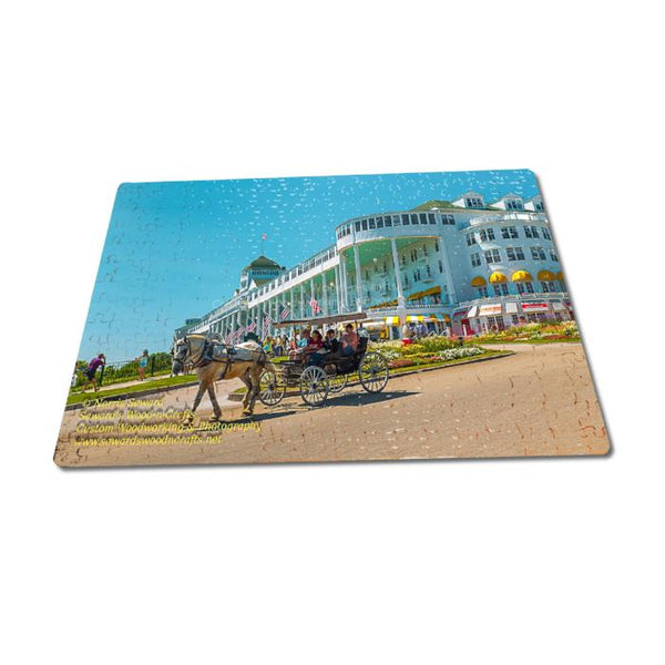 Michigan Jigsaw Puzzle 252 Piece Mackinac Island Grand Hotel
