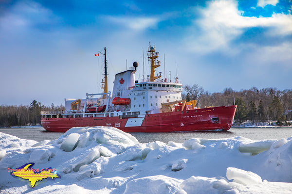 Canadian Coast Guard Pierre Radisson Great lakes Photography