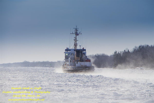 Great Lakes United States Coast Guard USCG Katmai Bay -5610