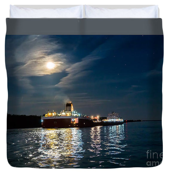 Roger Blough Lake Freighter Great Lakes Fleet Duvet Cover. Best Great Lakes Freighter Gifts, Collectibles, Home/Bedroom Decor For Boat Fans