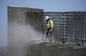 Construction wages rise as worker shortage grows
