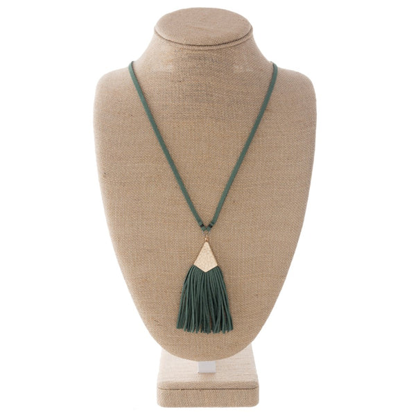 Green Faux Leather Necklace With Tassel