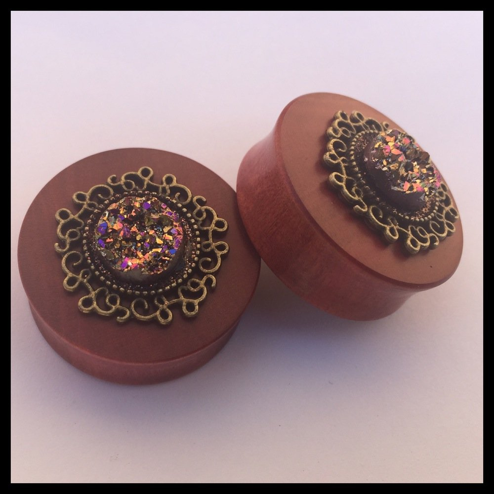 Pink Ivory Twilight Round Plugs
