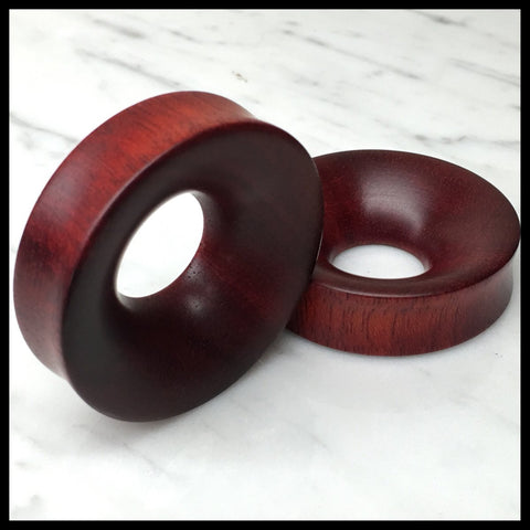 Black Palm Thick Tunnels Round Plugs
