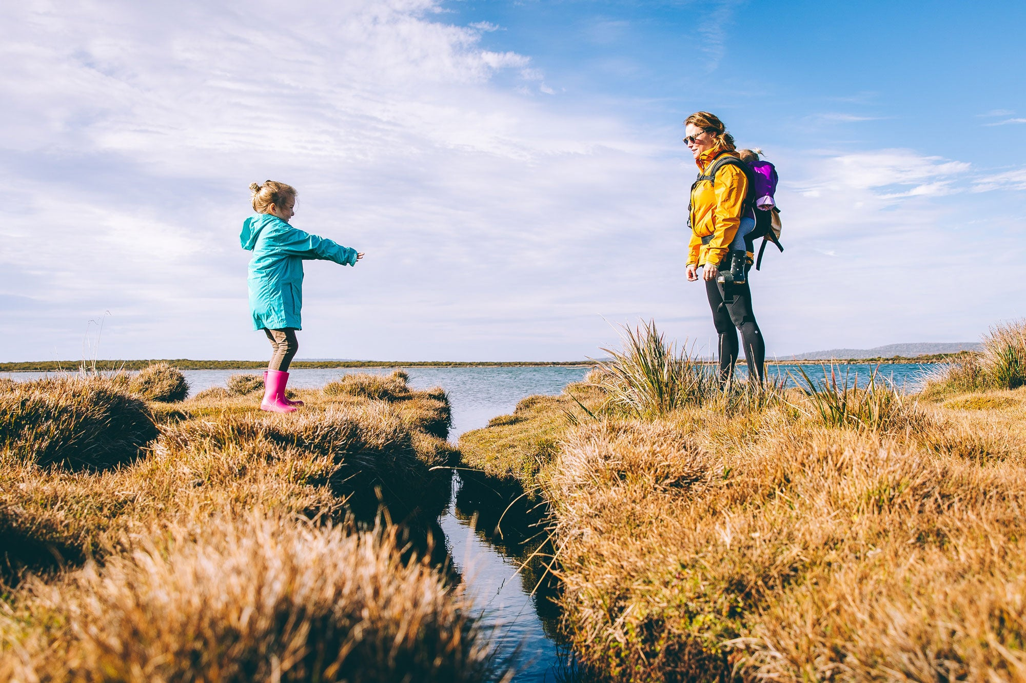 staheekum slippers mens womens kids tips for mom: how to hike with your kids
