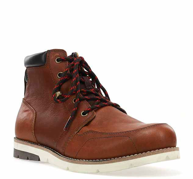 Fashionable outdoor boots for men with leather upper, rubber outsole, and sturdy laces.