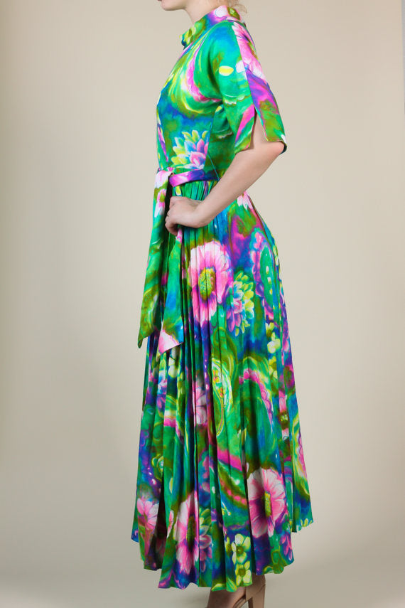 70s Hawaiian Floral Dress