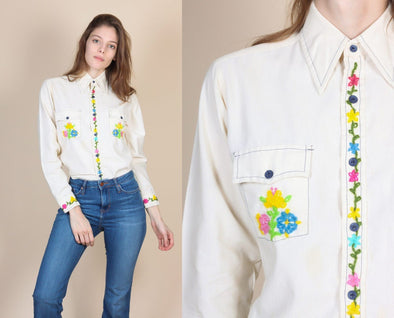 70s Embroidered Button Up Shirt - Medium