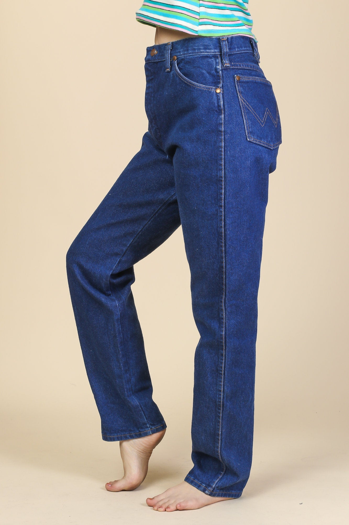 21ae12eea8ad2 80s Wrangler Jeans - Medium to Large