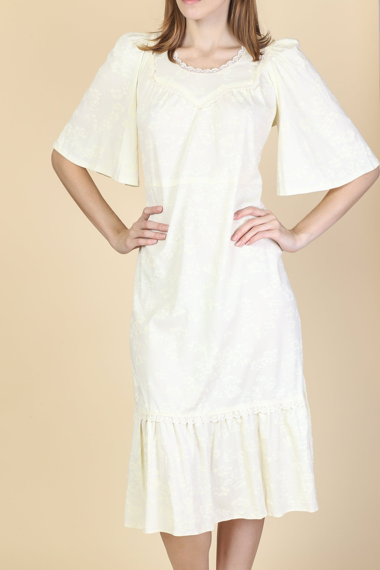 70s Boho Cream Flutter Sleeve Dress - Medium to Large