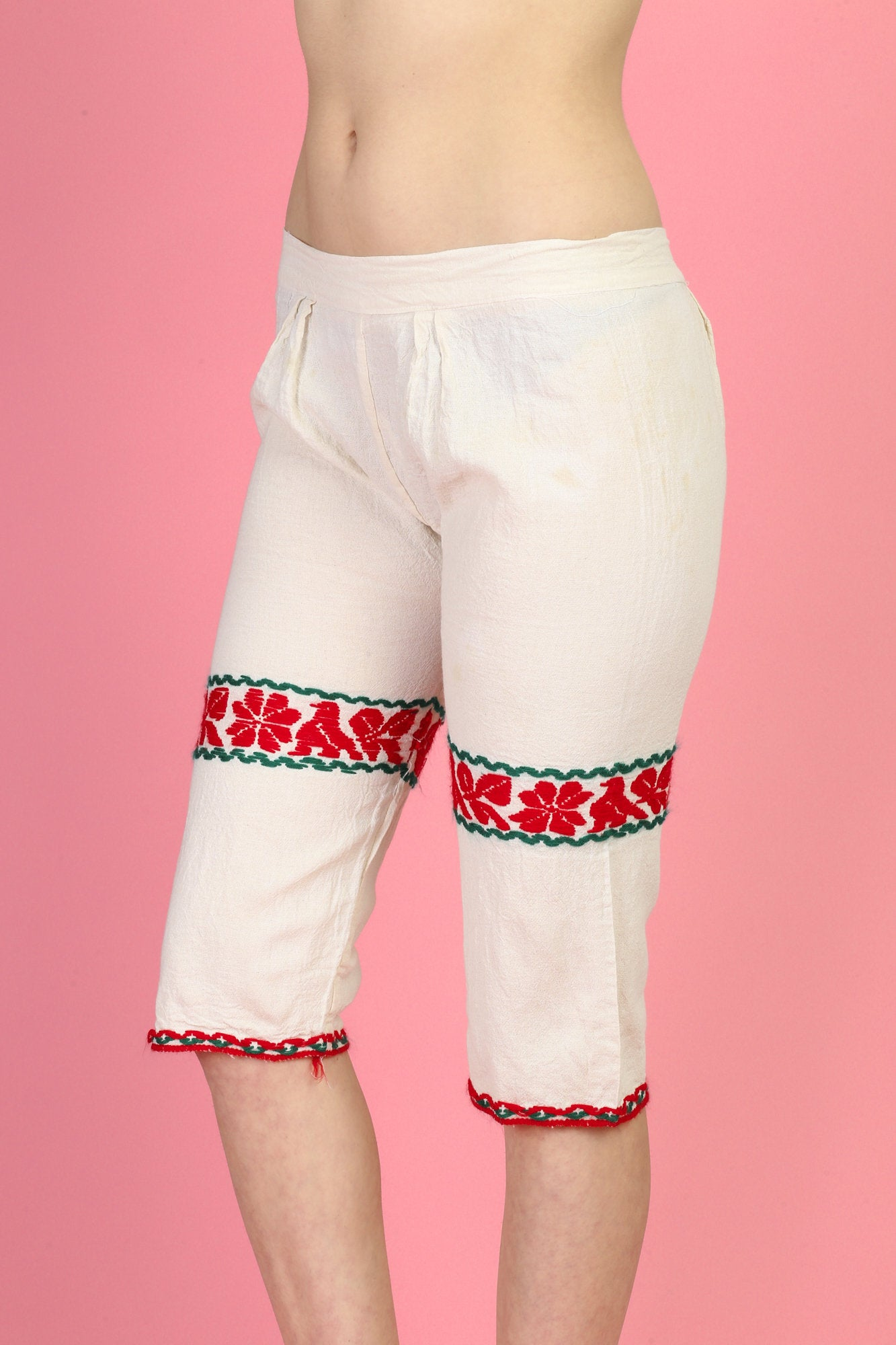 Vintage Mexican Embroidered Shorts - XS to Small