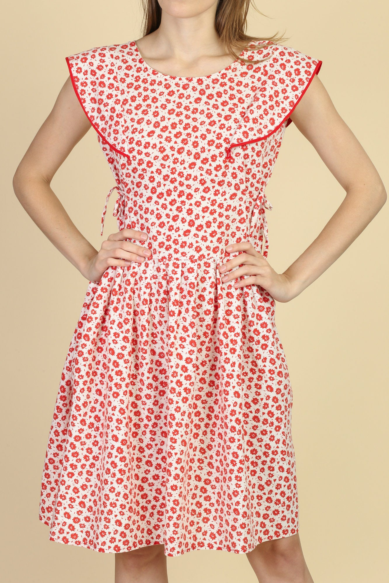 50s Floral Pocket Day Dress - Small