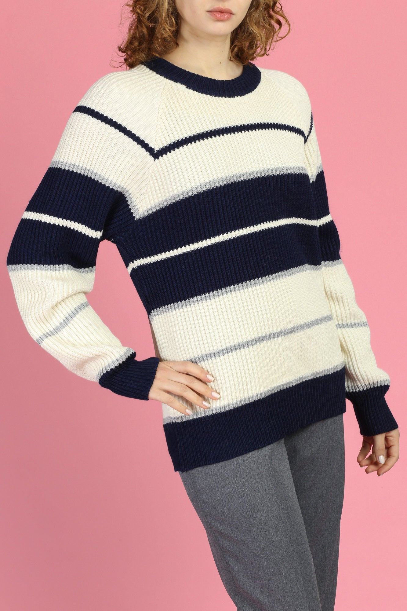 80s Navy Blue & Cream Striped Sweater - Large