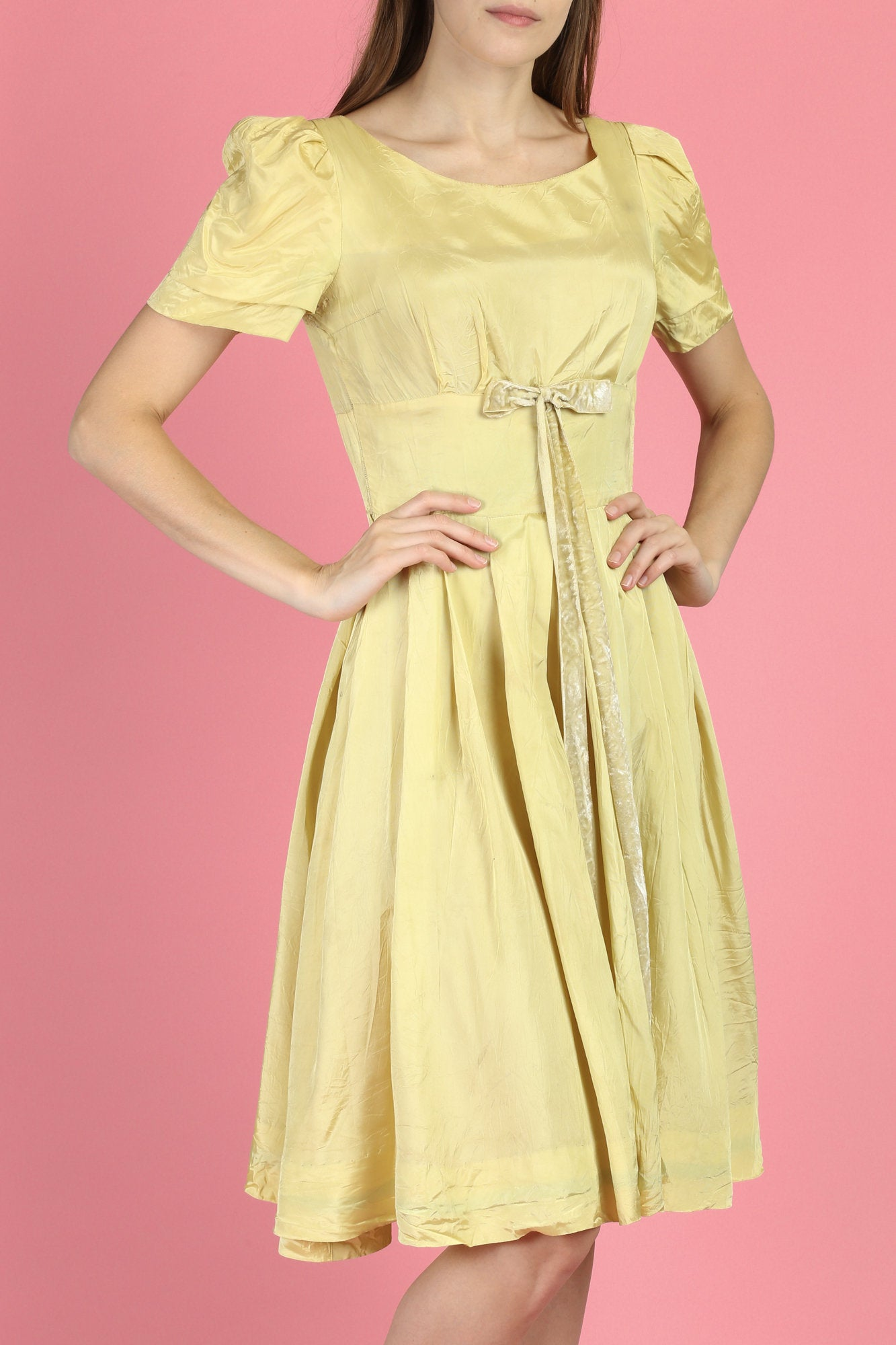 1950s Yellow Velvet Bow Party Dress - XS to Small