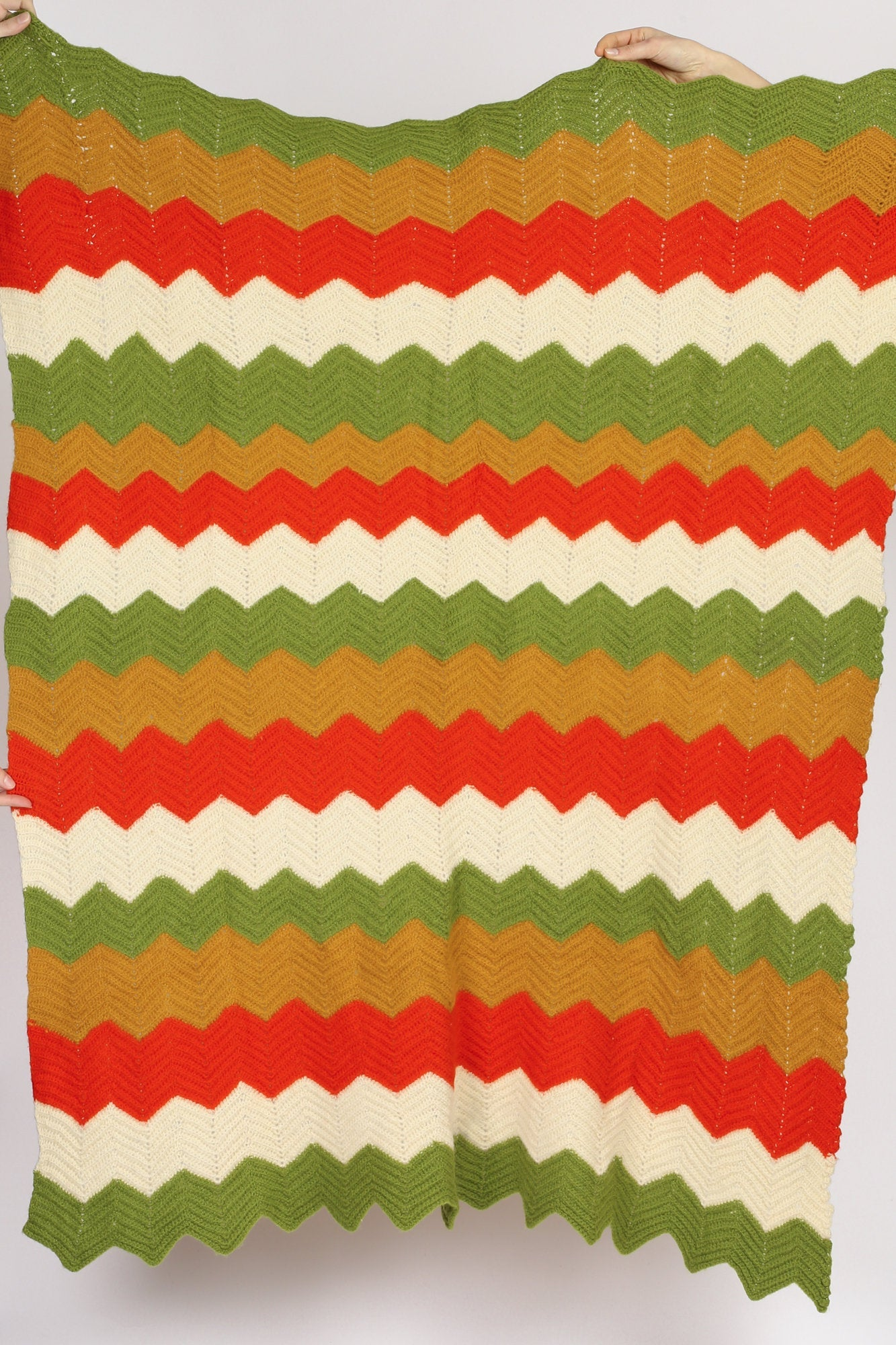 70s Chevron Stripe Crochet Knit Blanket - 3.5'x4.5'