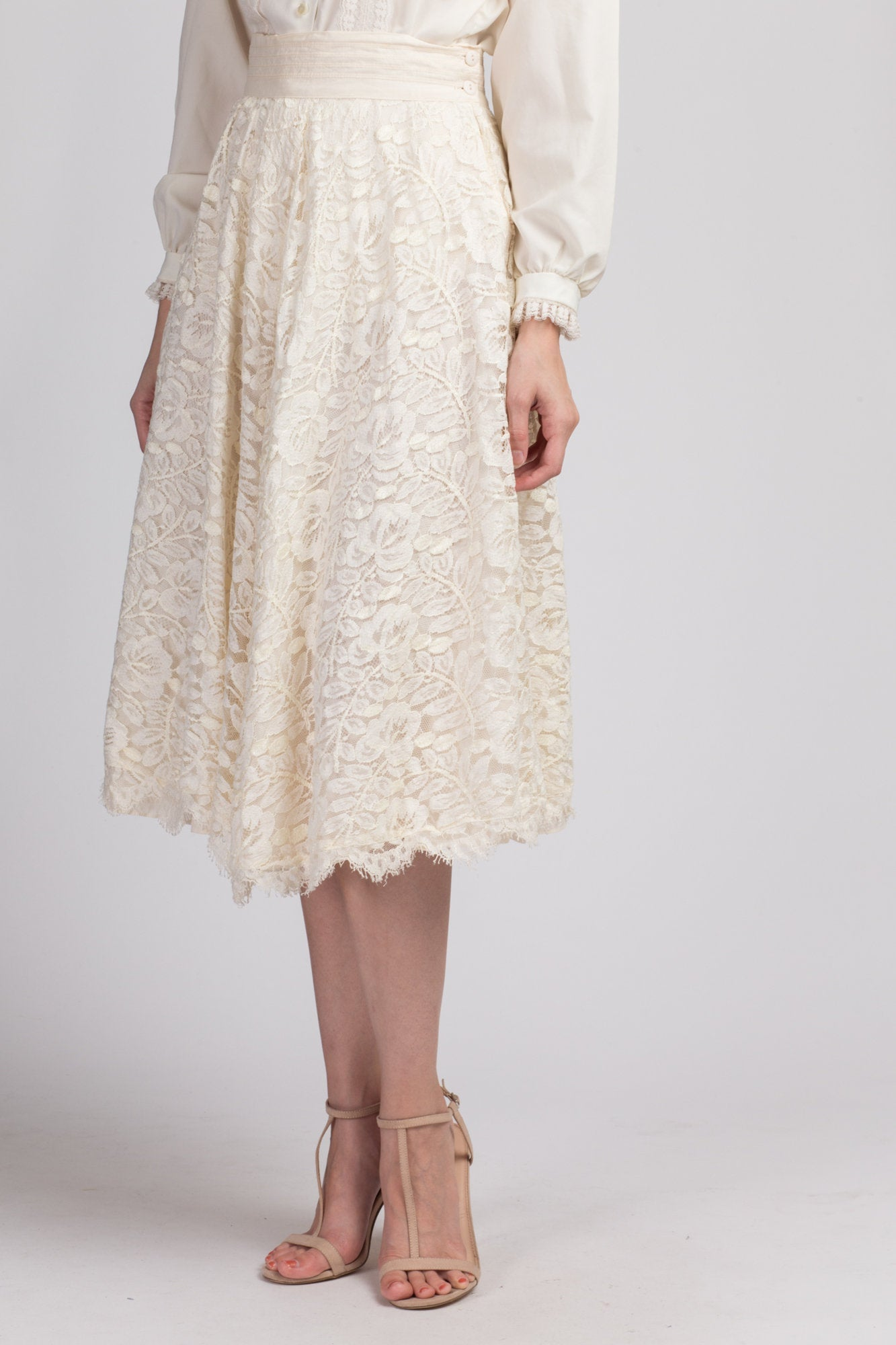Vintage Jessica McClintock Cream Lace Skirt - Small