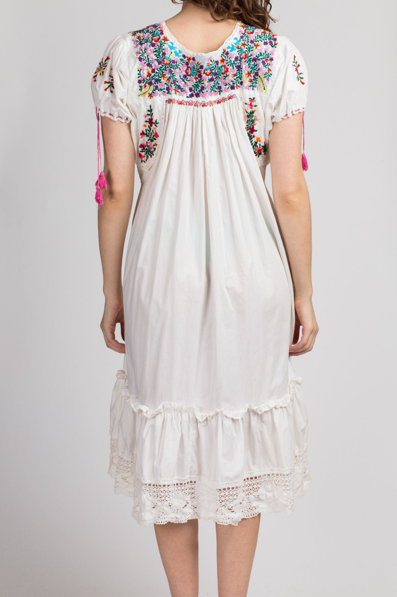 70s Oaxacan Embroidered Mexican Dress - Medium