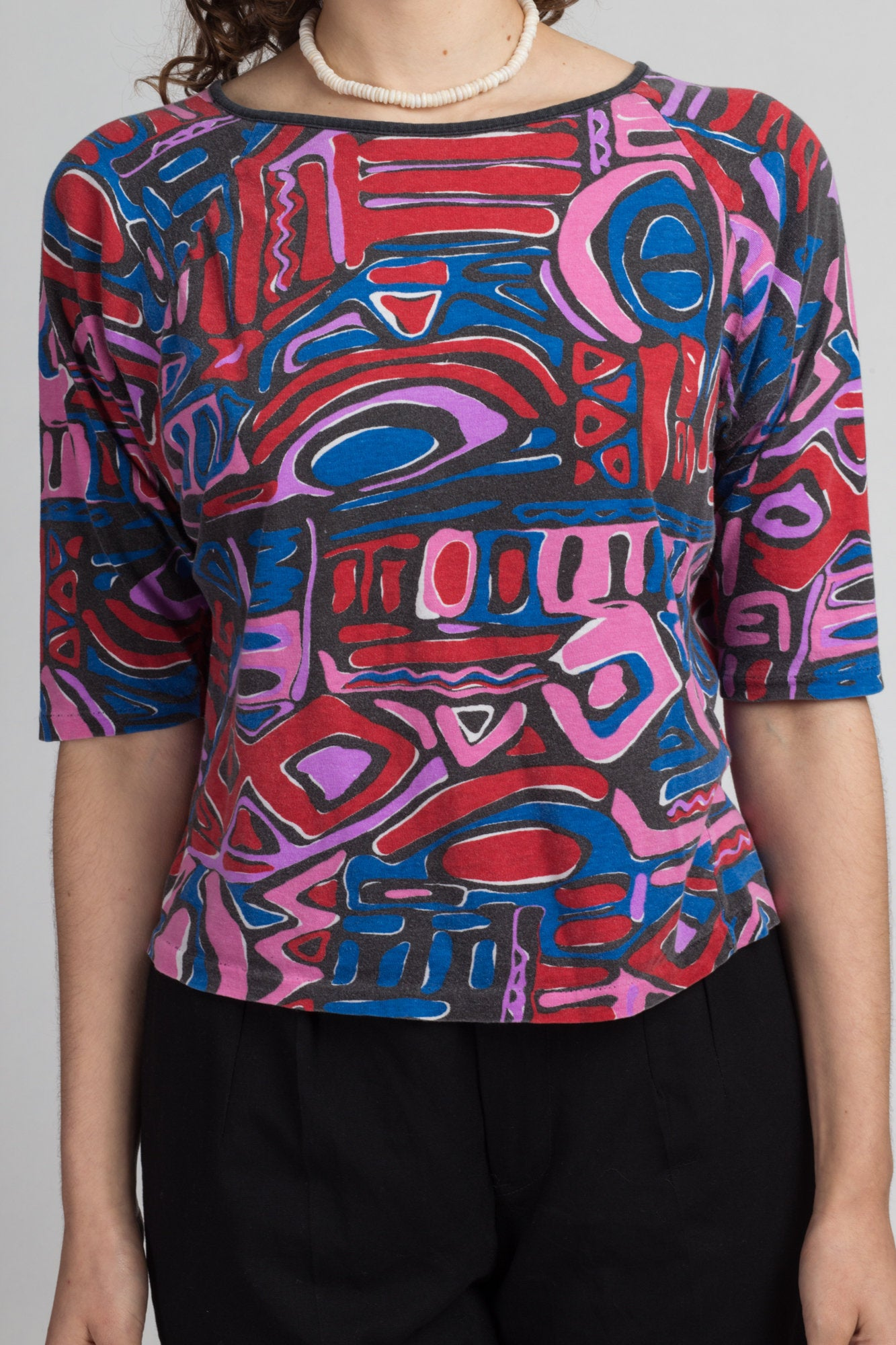 90s Keyhole Back Abstract Crop Top Vintage Pink Red Blue Print Batwing Blouse Medium