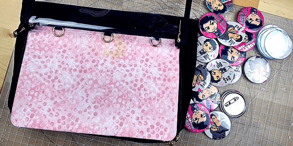 ita bag insert putting it in messenger style ita bag