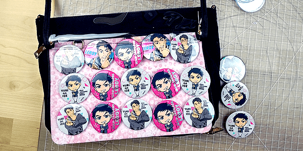 ita bag insert arranging anime merch inside ita bag