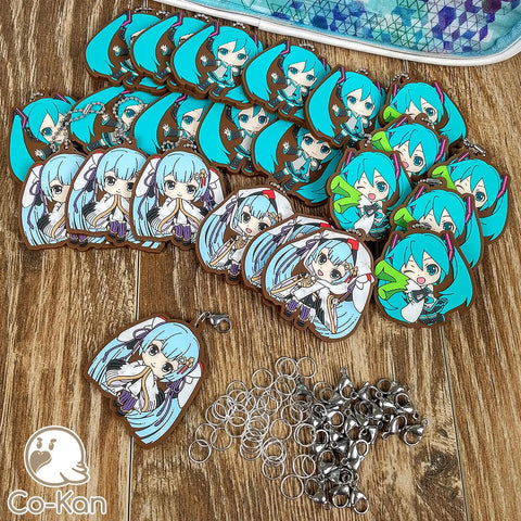best ita bag backpack decorated miku hatsune clasp adapters to the rescue