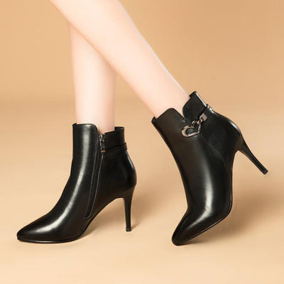 Outlet Appeal black / 4.5 Heart Decoration Zip Up Cow Leather Pointed Toe Thin High Heel Ankle Boots