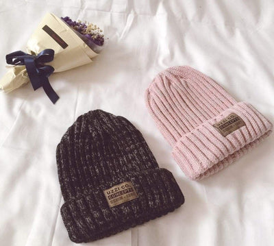 Outlet Appeal Knitted Twisted Thread Winter Cap