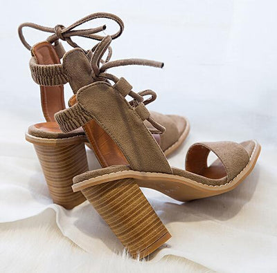 Outlet Appeal light tan / 4 Open Toe Lace up Thick High Heel Sandals