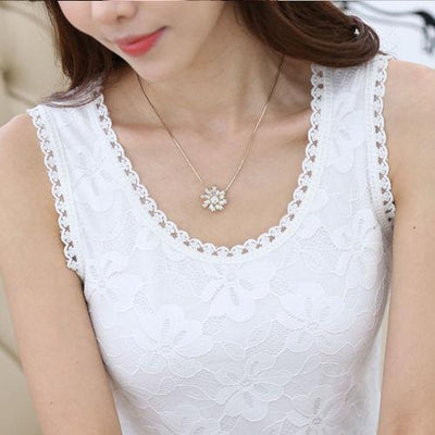 Outlet Appeal white shirt 2 / S Flower Embroidery Lace Tank Top
