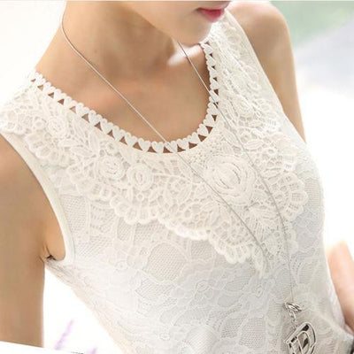 Outlet Appeal white shirt 4 / S Flower Embroidery Lace Tank Top