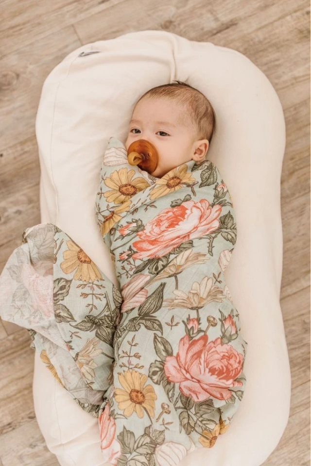MUSLIN SWADDLE - GARDEN FLORAL - SEA FOAM