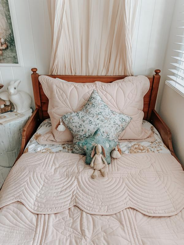 Bonne Mere Single Quilt and Pillow Set - Dove