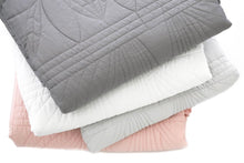 Load image into Gallery viewer, Bonne Mere Single Quilted Bedspread and Pillow Set - MIST