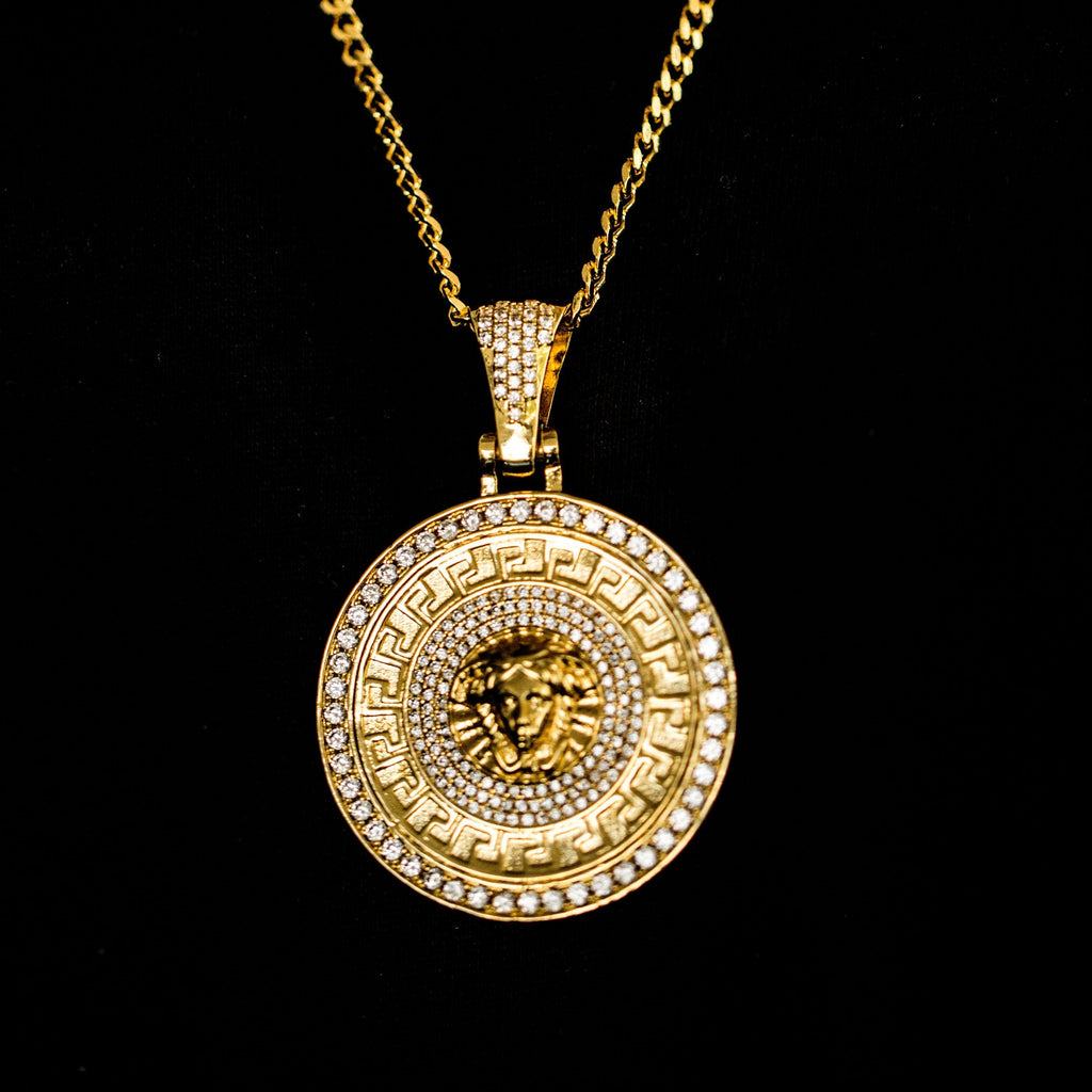fashion medusanecklacewithtag pendant online tag medusa en men necklaces us store jewelry djms for necklace versace accessories with