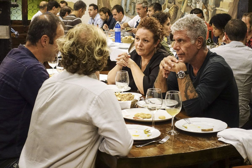Tips to travel the world like Anthony Bourdain