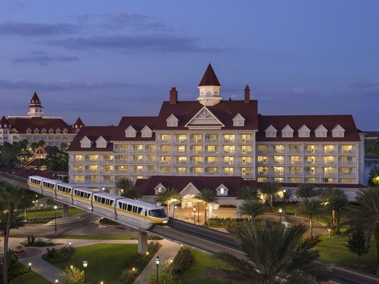 Disney World hotels to charge for overnight parking