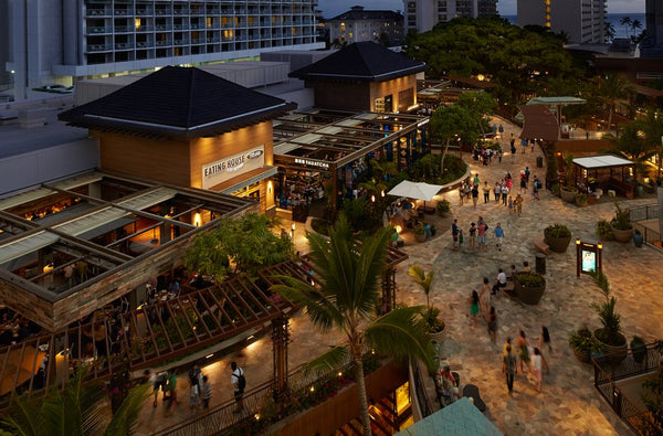 Grand Lānai restaurants and The Street Food Hall by Michael Mina