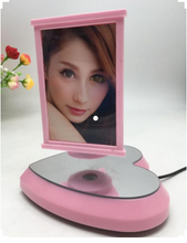 MAGICAL FLOATING PHOTO FRAMES: BRING YOUR MEMORIES ALIVE