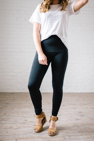 Cozy Fleece Lined Leggings in Black