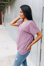Load image into Gallery viewer, It's All About The V Tee In Mauve