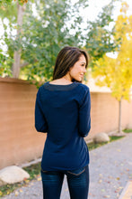 Load image into Gallery viewer, Accentuate The Positive Top In Navy - ALL SALES FINAL