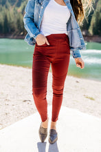 Load image into Gallery viewer, Beguiling Moto Jegging In Burgundy