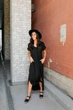 Load image into Gallery viewer, Free And Easy Maxi Dress In Black