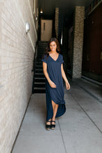 Load image into Gallery viewer, Free And Easy Maxi Dress In Navy - ALL SALES FINAL