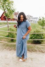 Load image into Gallery viewer, Free And Easy Maxi Dress In Dusty Blue