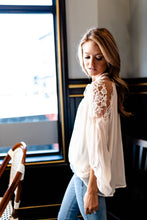 Load image into Gallery viewer, Juliet Lace Top In Cream