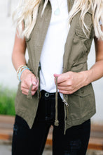 Load image into Gallery viewer, Olive Camp Vest