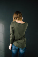 Load image into Gallery viewer, Penny Pocket Top in Olive